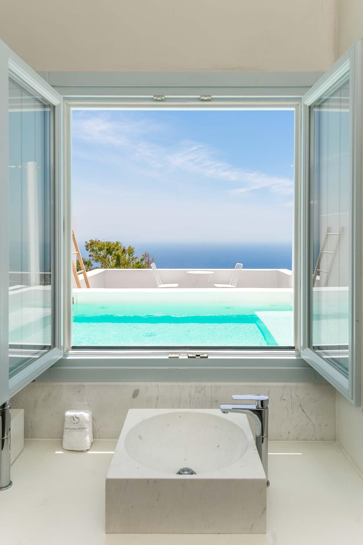 Santorini Heights | Garden Suite | Santorini Heights | Luxury Suites ...
